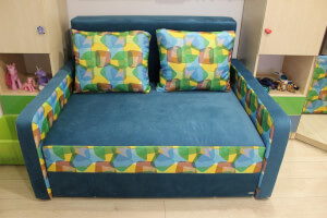 Canapea albastru cu multicolor - model Isabel