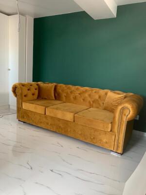 Canapea comandă model Chesterfiled