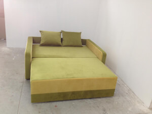 Canapea verde, extinsa - model Isabel
