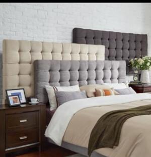 Model pat tapițat și tăblii