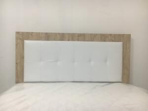Pat cu tăblie lemn și piele ecologică albă 2
