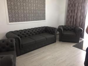 Set canapea cu fotolii model Chesterfiled